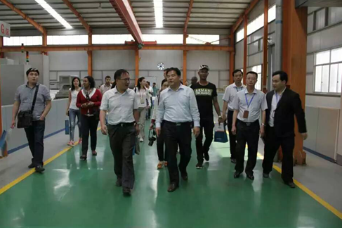 The foreign delegation visit to COLEAD and inspection equipment